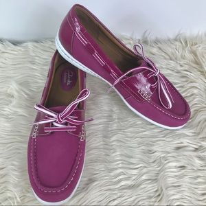 Clarks Artisan lightweight purple boat shoe style